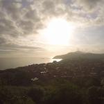 Precioso amanecer sobre el mar de Zarautz en el día más largo del año.