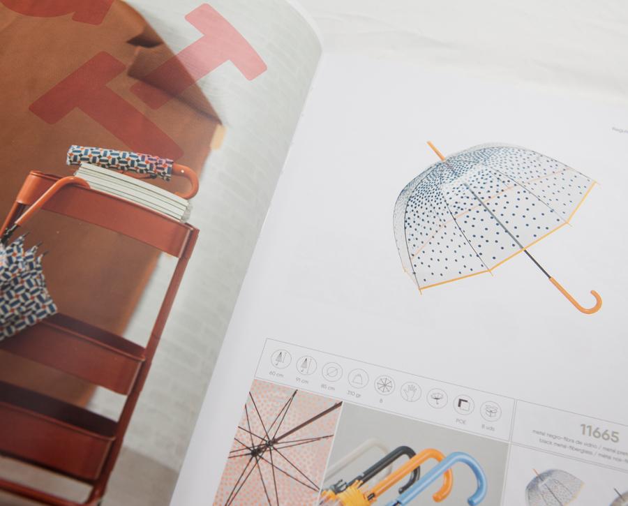 Interior de catálogo de paraguas Ezpeleta