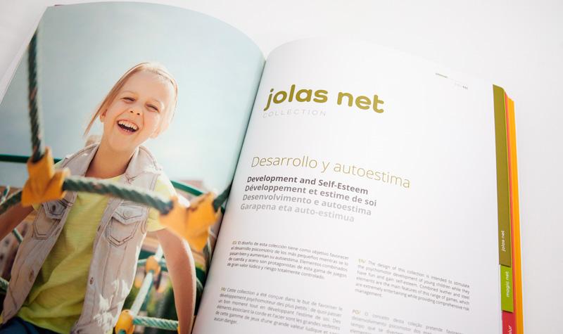 Interior de catálogos de Jolas